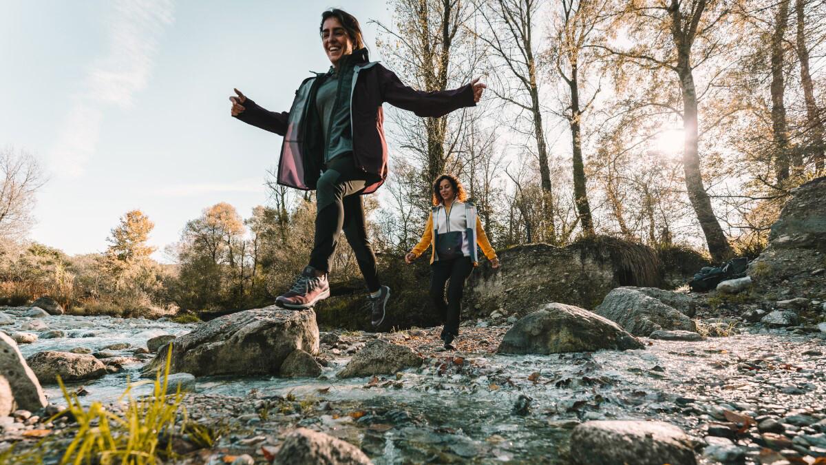 Pár rad a tipů, jak správně navrstvit oblečení na podzim do přírody